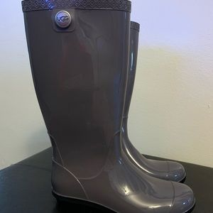 New Ugg Women's Gray Rain Boots Size 6